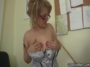 Office lady fucks her employee free