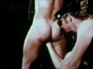 Rare compilation of extreme homosexual bondage.