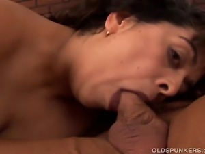 Pretty older plumper enjoys sucking and fucking a lucky guy who gives her a...