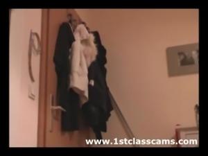 bathroom fuck 1stclasscams free