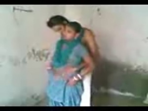 Horny Punjabi wife sucks and fucks standing Sardar, Punjabi village sex free