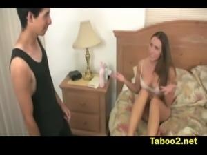 Renna blackmails her stepson free