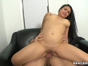 luscious latina rikki gets a gooey eyebrow!