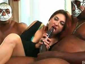 Tabatha tucker's black dick chomp