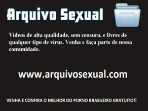 Putinha chupando e sentando na vara 1 - www.arquivosexual.com free