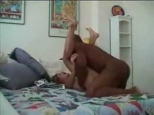 Hey Lady...THERE'S A MANDINGO IN YOUR BEDROOM!