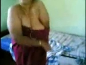 Indian aunty 1043