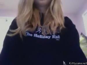 Novinha se mostrando na webcam free