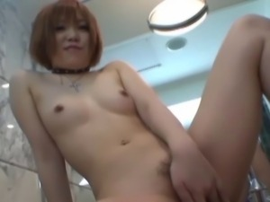 Japanese pussy play squirting-2
