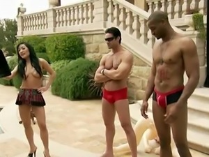 a hot naked game at outdoor @ season 4, ep. 2