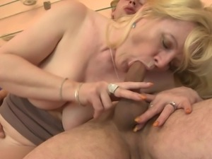 mature whore knows a lot about fucking