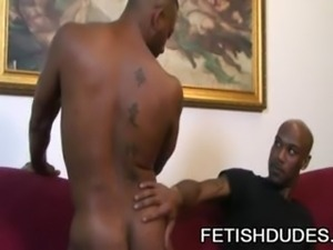 Kamrun And Cuba Santos - Black On Black Fetish Ass Play