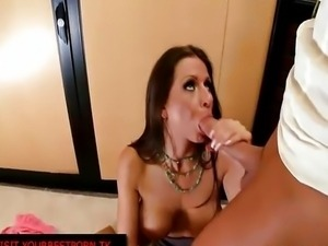 Rachel RoXXX gets fucked in her pussy and ass