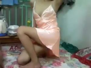 Muong18.com - Clip sex cap doi vo chong sinh vien free