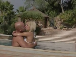Vacation fantasy with hot blonde