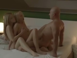Ultra erotic blondies FFM threesome