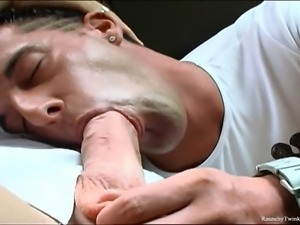 Leon is hitchiking on the road when Romualdo drives by. The horny stud...