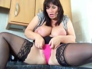 BigBouncingBoobs - Josie in Kitchen
