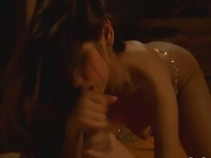 Brunette blowjob from Bollywood