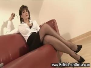 Interracial femdom mature brit babe free