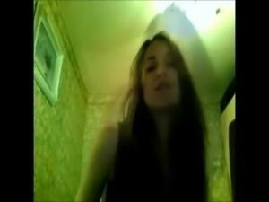 Amateur bigtit girl dancing front of webcam free