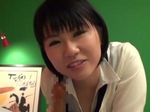 japanese girl sucks off her boyfriend in their apartment