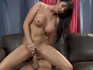 Milf Eva Karera gets her twat pounded by Keiran Lee before she gives him a...