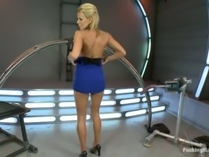 Gorgeous blonde Nicole Graves with big breasts reaches satisfaction with