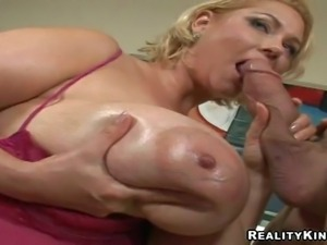 Lusty and horny stud Billy Glide gets really turned on
