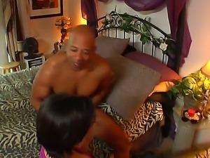 Enjoy gorgeous provocative brunette babe Juelz Ventura sucking big black thing