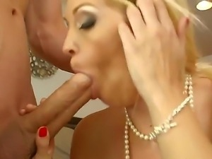 Bruce Venture fucking hard his friends mom delightful spicy blonde Charlee Chase