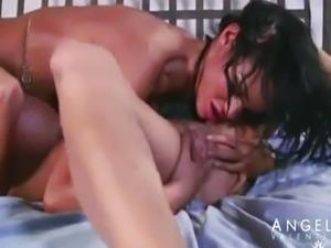 ANGELINA  VALENTINE  &  NIKITA  VON  JAMES