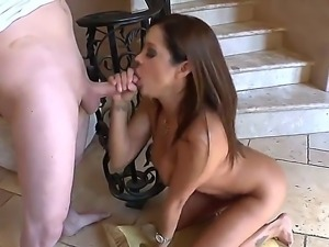 Sexy brunette babe Francesca Le is doing the best blowjob in her boyfriends life