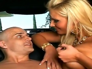 Hardcore action with pornstars named Ben English and Phoenix Marie in the car