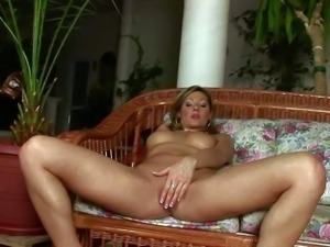 Carolyn Cage is another passionate adult model with amazingly sexy
