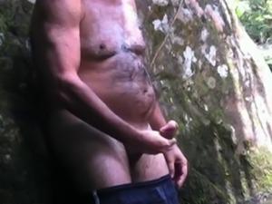 Punheta na Cachoeira