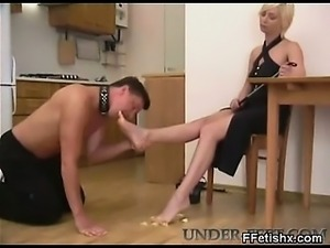 Cruel Teen In Seductive Foot Fetish Fetish Porn