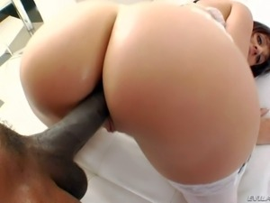 Eloa Lombard is a hot bodied white lady in sexy lingerie. Round assed slut in...