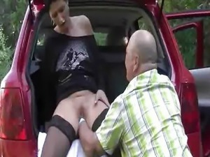 ROADSIDE FIST FUCKING CARNAGE