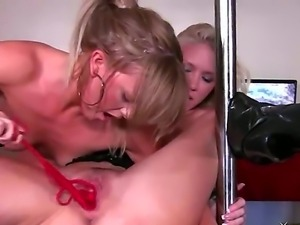 Mia Presley was seduced to have sex by her blonde girlfriend Molly Cavalli....