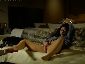 brunett beauty trying to reach orgasm