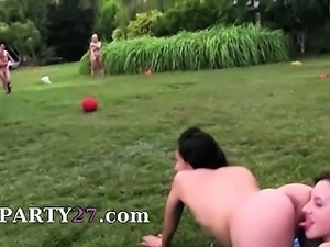 Young fetching couple fucking in outdoor