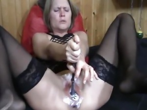 INSANE DOUBLE FISTING AND TOILET BRUSH FUCK