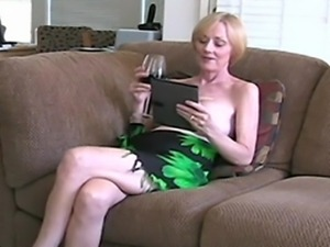 Horny old gal wants and needs fucking, sucking and the taste of nice, hot...