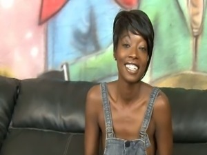 Cute ebony babe taylor starr talks about sex