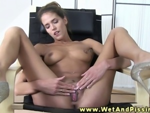 Piss fetish watersports babe toy plays in this high def video