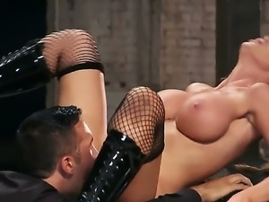Smooth stud Keiran Lee slams curvy Nikki Benz from all angles on his brand...