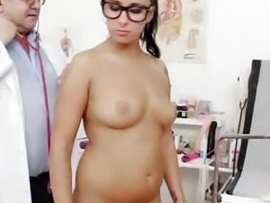 Kirsten Plant in gyno exam room