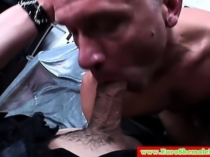 Italian tranny has her hard cock sucked