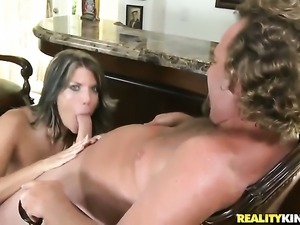 Blonde gets mouth slammed by horny guy